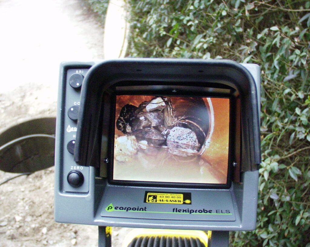 Kamera der viser en kloakinspektion